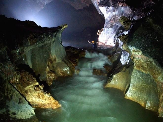 2 hang động đẹp ngỡ ngàng của Việt Nam lọt top 10 kỳ quan Đông Nam Á ảnh 2