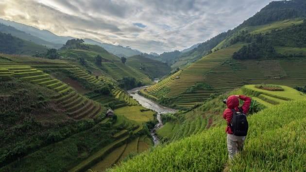 Tour du lịch chụp ảnh ở Mù Cang Chải (Ảnh: Kiatanan Sugsompian)