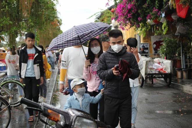 """Du lịch Việt chủ động đón khách, đảm bảo an toàn phòng dịch hay là """"đóng cửa"""" chờ hết Covid-19?"""