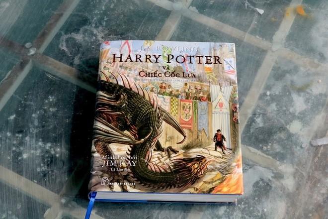 """""""Harry Potter và chiếc cốc lửa"""", tập 4 của bộ truyện """"Harry Potter"""""""