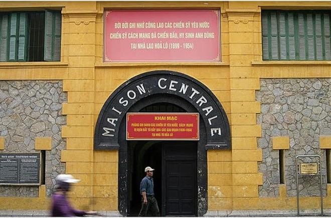 Di tích Nhà tù Hỏa Lò tạm thời không phục vụ du khách có biểu hiện của bệnh hô hấp