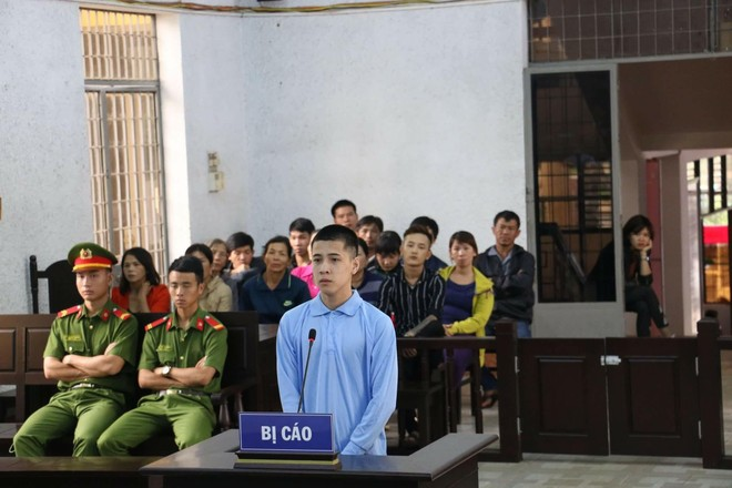 Bị cáo Hiếu tại phiên tòa
