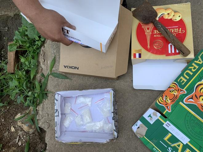Số ma túy đá được phát hiện tại bãi đất trống của căn nhà Sang thuê