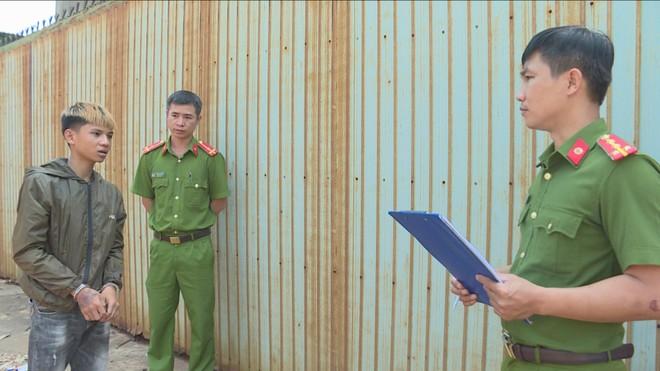Cơ quan Công an làm việc với Tuấn