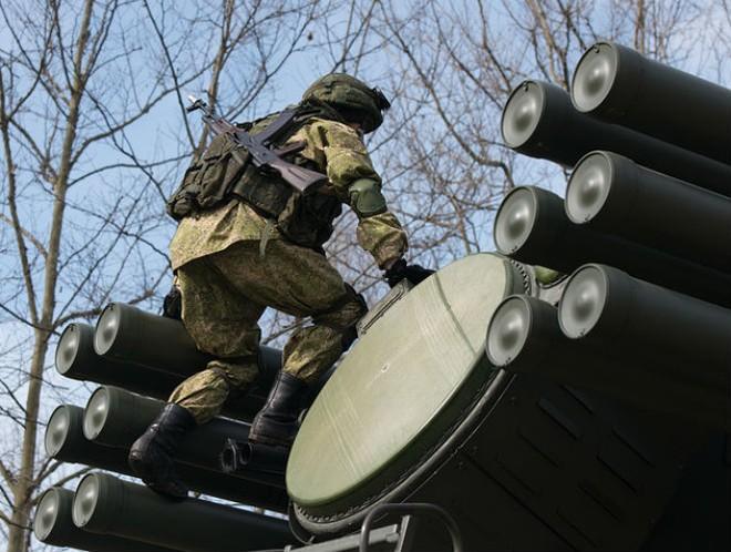Nga đưa 800 hệ thống tên lửa - pháo không Pantsir-S1 đến bảo vệ Crimea ảnh 1