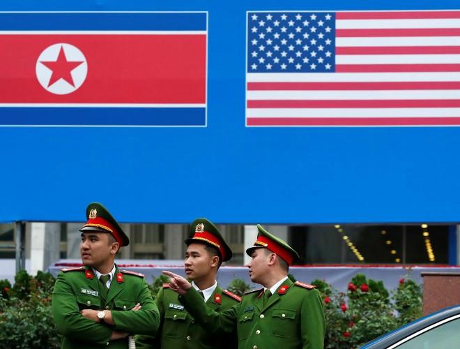 """Tổng thống Trump trước khi tới Hà Nội: Quan hệ với Chủ tịch Triều Tiên đang phát triển """"rất, rất tốt"""" ảnh 2"""