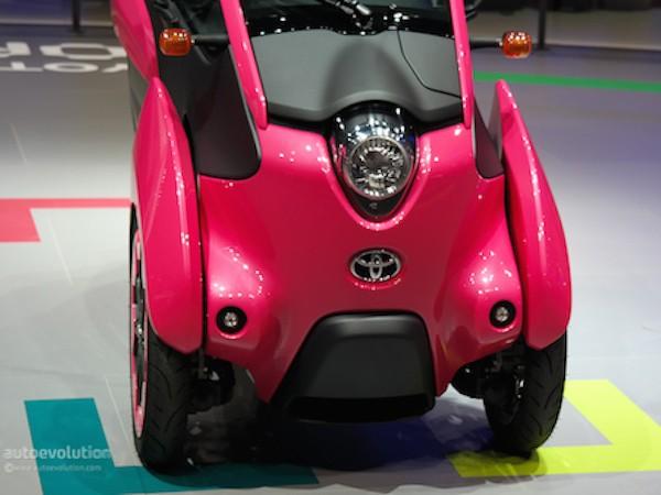 Toyota i-Road hồng rực ấn tượng tại triển lãm xe Paris ảnh 5