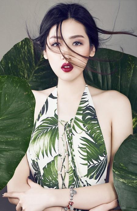Xao lòng ngắm nhìn Á hậu Tú Anh xinh đẹp như búp bê ảnh 5