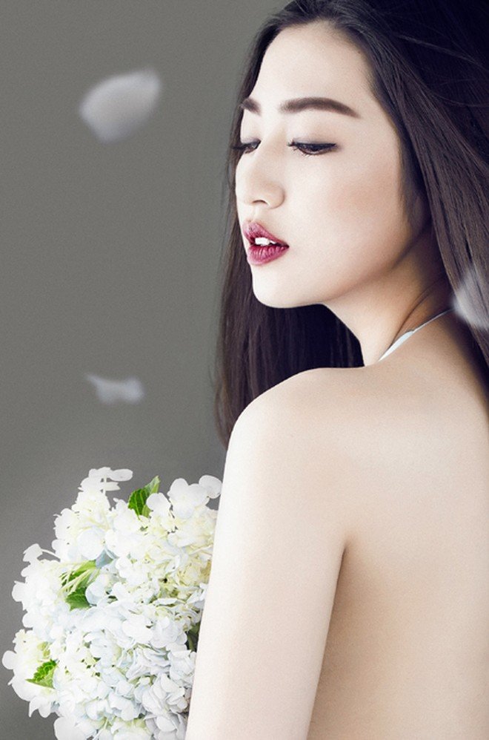 Xao lòng ngắm nhìn Á hậu Tú Anh xinh đẹp như búp bê ảnh 2