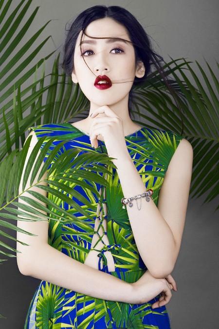Xao lòng ngắm nhìn Á hậu Tú Anh xinh đẹp như búp bê ảnh 8