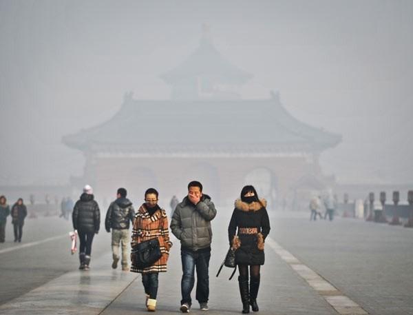Chính quyền Bắc Kinh phát cảnh báo ô nhiễm nghiêm trọng ảnh 1