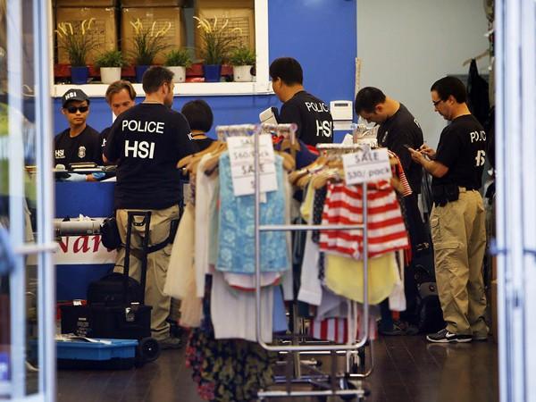 Rửa tiền núp bóng hoạt động buôn bán quần áo ảnh 1