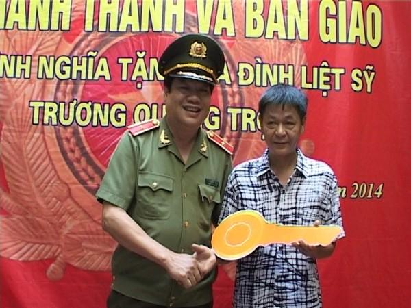 Khang trang mái ấm tặng thân nhân liệt sỹ Trương Quang Trợ ảnh 1