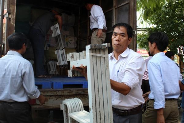 Báo ANTĐ cùng các nhà hảo tâm mang hơi ấm đến vùng cao Sơn La ảnh 4