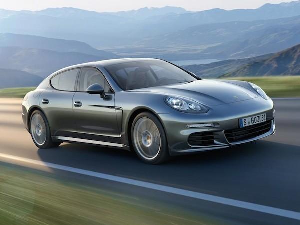 Porsche thừa nhận lỗi thiết kế của dòng xe Panamera đời đầu ảnh 1