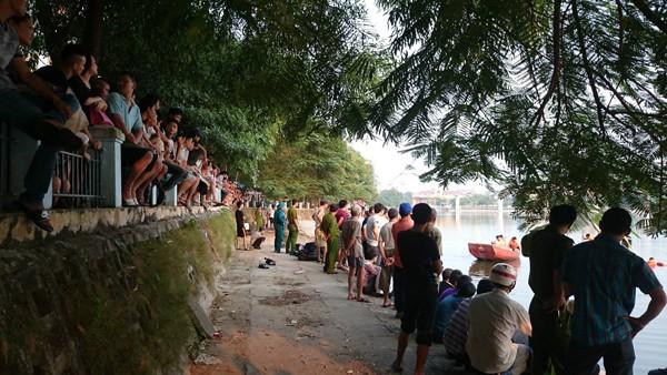 Tìm thấy thi thể nạn nhân đuối nước ở hồ Hoàng Cầu ảnh 2