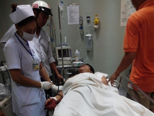 Truy sát kinh hoàng từ nhà đến bệnh viện, nhiều người bị thương ảnh 5