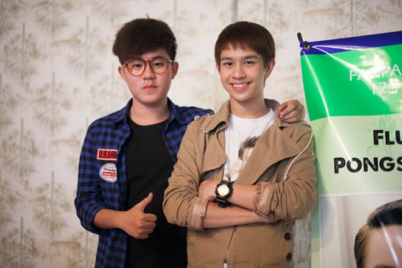 """Chí Thành X Factor """"hộ tống"""" hot boy Thái Lan khám phá thành phố biển ảnh 1"""