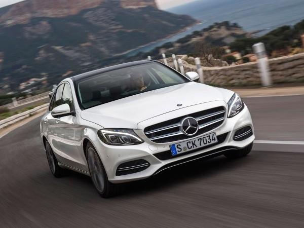 Mercedes-Benz triệu hồi hàng nghìn chiếc C-Class vì lỗi vô-lăng ảnh 1