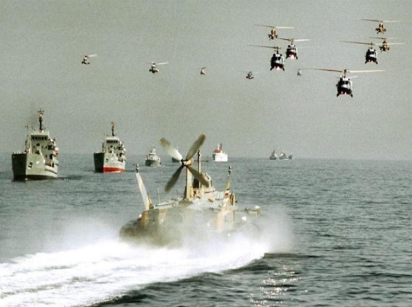 Các nước vùng Vịnh lập lực lượng hải quân chung đối phó với Iran ảnh 1