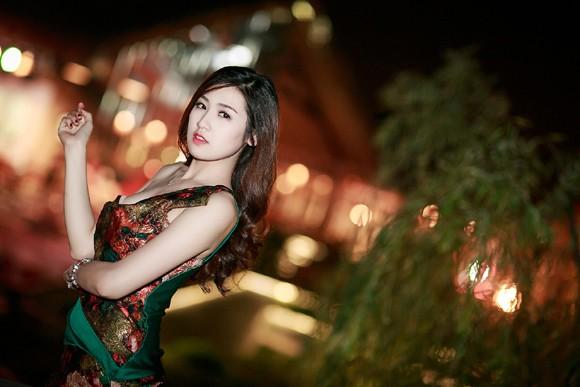 Ngọc Hân đọ sắc với Tú Anh trong đêm chung khảo miền Bắc Hoa hậu Việt Nam ảnh 7