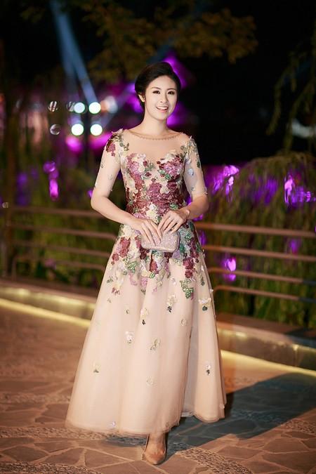 Ngọc Hân đọ sắc với Tú Anh trong đêm chung khảo miền Bắc Hoa hậu Việt Nam ảnh 2