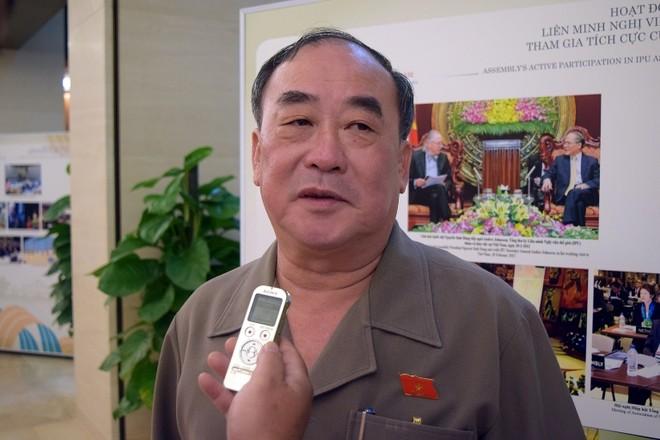 Ông Trần Ngọc Vinh
