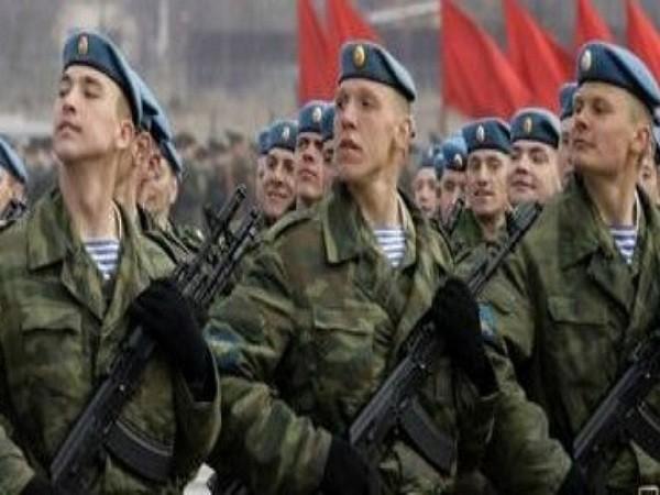 Nga mạnh tay chi cho ngân sách quốc phòng năm 2015 ảnh 1