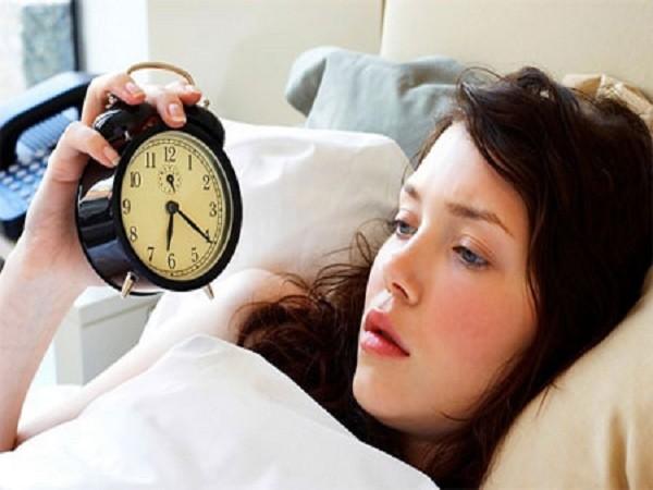 Ngủ quá nhiều hoặc quá ít làm tăng nguy cơ viêm loét đại tràng ảnh 1
