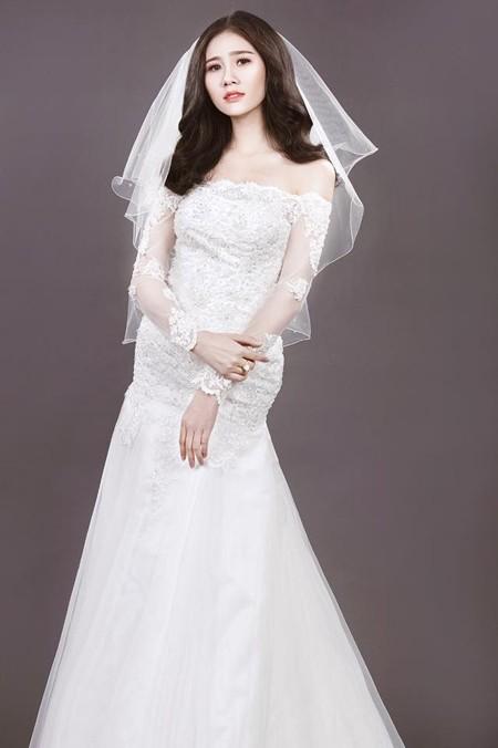 Người đẹp Làng Sen Hoàng Hạnh diện váy cưới lộng lẫy khoe vai trần gợi cảm ảnh 7