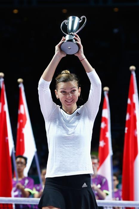 """""""Rửa hận"""" thành công, Serena Williams xuất sắc lần thứ 5 vô địch WTA Final ảnh 3"""