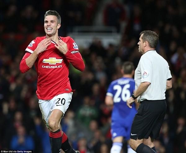 Chelsea đánh rơi chiến thắng vào phút chót trước M.U ảnh 5
