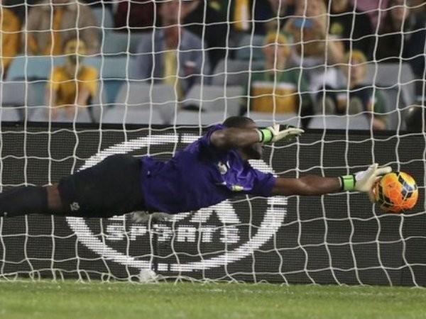 Sốc: Đội trưởng của tuyển bóng đá Nam Phi bị bắn chết ảnh 1