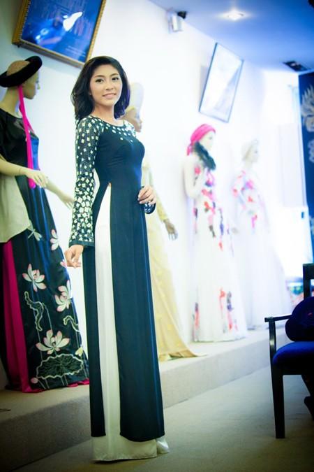 """""""Điểm danh"""" những bộ áo dài Đặng Thu Thảo sẽ mặc tại Miss International 2014 ảnh 6"""