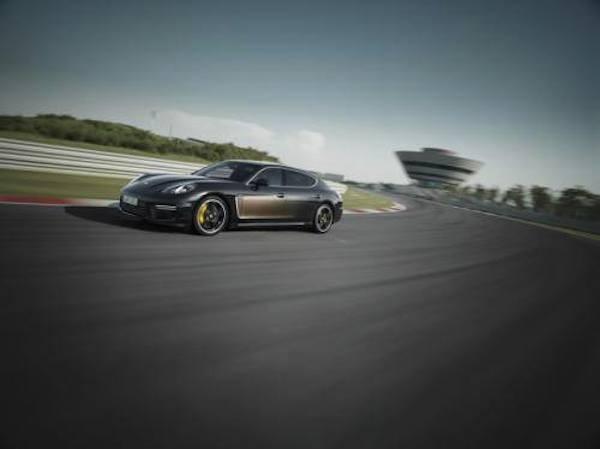 Porsche ra mắt phiên bản giới hạn Panamera Exclusive Series