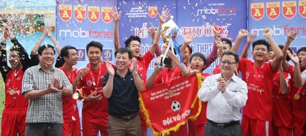 THPT Trần Quốc Tuấn lần thứ 2 đăng quang giải bóng đá học sinh Hà Nội ảnh 8
