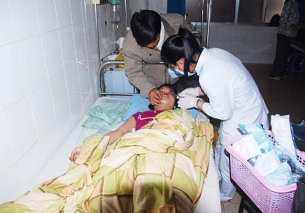 Bệnh viện Đà Nẵng vẫn thắt chặt vùng cách ly bệnh nhân nhiễm Ebola ảnh 2