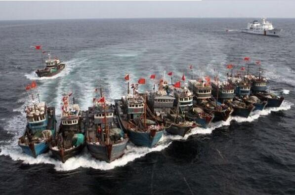 Đội tàu cá tác nghiệp xa bờ của Trung Quốc
