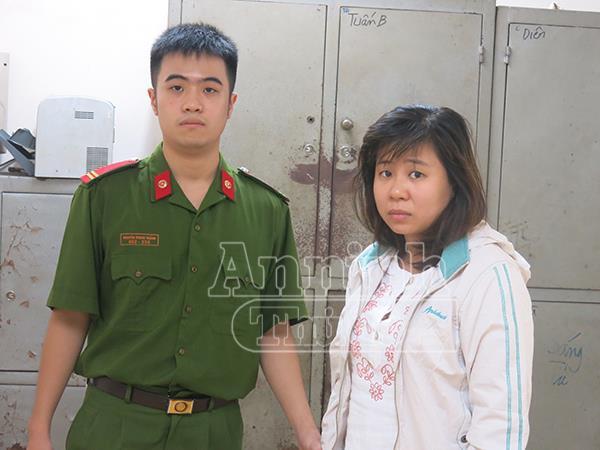 """Đối tượng Kim sau khi ra tù lần thứ 4 đã lấy chồng nhưng không chịu tu chí làm ăn, tiếp tục """"ngựa theo đường cũ"""" hoạt động trộm cắp tài sản."""