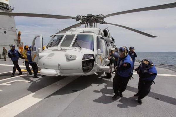 """Chiêm ngưỡng hàng không mẫu hạm """"nhỏ nhất thế giới"""" của Thái Lan ảnh 6"""