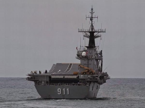 """Chiêm ngưỡng hàng không mẫu hạm """"nhỏ nhất thế giới"""" của Thái Lan ảnh 4"""
