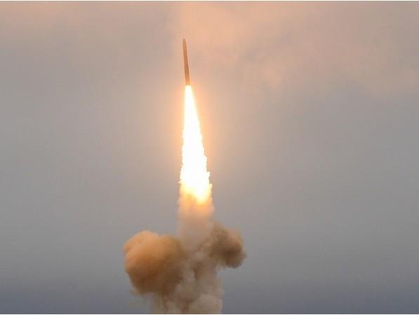 Hải quân Nga vừa phóng thử thành công tên lửa đạn đạo Sineva từ tàu ngầm Tula