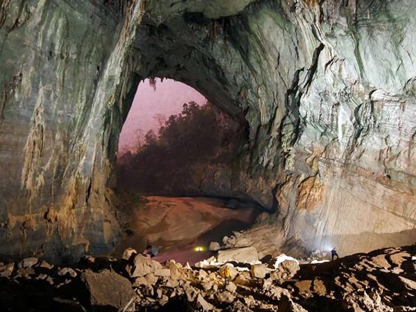 Quảng Bình vẫn chưa tính được phương án để khách du lịch vào sâu trong hang Sơn Đoòng