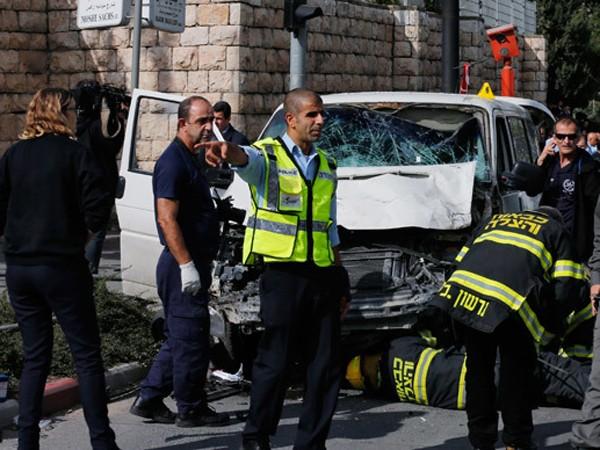 Hiện trường vụ tấn công khủng bố bằng xe hơi tại Jerusalem vào hôm 5/11