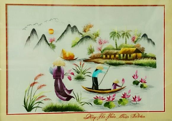 Tỷ phú Nhật mua tranh thêu tay của Hoa Hậu Đặng Thu Thảo