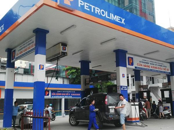 Giá xăng dầu liên tục giảm nhưng giá cước vận tải chưa điều chỉnh theo