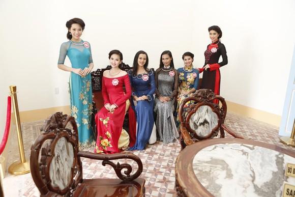 Theo chân thí sinh hoa hậu Việt Nam thăm nhà Công tử Bạc Liêu ảnh 5