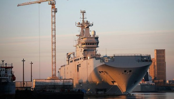 Tàu chở trực thăng lớp Mistral mà Pháp dự tính sẽ bàn giao cho Nga