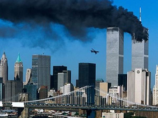 Hình ảnh khủng khiếp của vụ khủng bố ngày 11/9 tại Mỹ