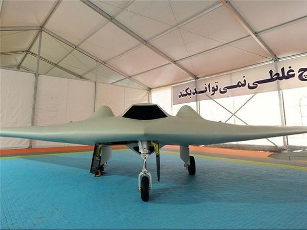 Phiên bản UAV sao chép từ RQ-170 của Mỹ được Iran công bố hồi tháng 5